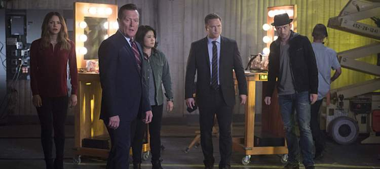 """We're Gonna Need a Bigger Vote"" -- On Election Day, as democracy hangs in the balance, Team Scorpion is called on when someone tries to throw the U.S. presidential election into chaos, on SCORPION, Monday, Nov. 7 (10:00-11:00 PM, ET/PT), on the CBS Television Network. Pictured: Katharine McPhee, Robert Patrick,  Jadyn Wong, ,Scott Porter. Eddie Kaye Thomas Photo: Neil Jacobs/CBS ©2016 CBS Broadcasting, Inc. All Rights Reserved"