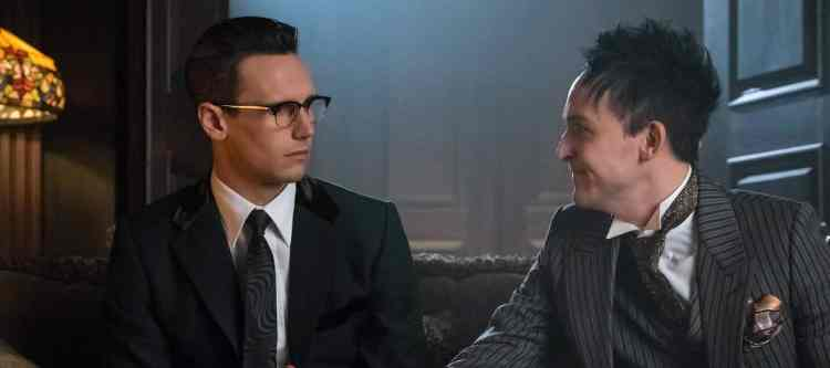 "GOTHAM: L-R: Cory Michael Smith and Robin Lord Taylor in the ""Mad City: Red Queen"" episode of GOTHAM airing ""Mad City: Blood Rush"" episode of GOTHAM airing Monday, Nov. 7 (8:00-9:01 PM ET/PT) on FOX. Cr: Jeff Neumann/FOX."