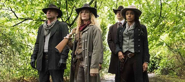 "DC's Legends of Tomorrow --""Outlaw Country""-- Image LGN206a_0170.jpg -- Pictured: Dominic Purcell as Mick Rory/Heat Wave, Caity Lotz as Sara Lance/White Canary, Brandon Routh as Ray Palmer/Atom and Maisie Richardson- Sellers as Amaya Jiwe/Vixen -- Photo: Dean Buscher/The CW -- © 2016 The CW Network, LLC. All Rights Reserved."