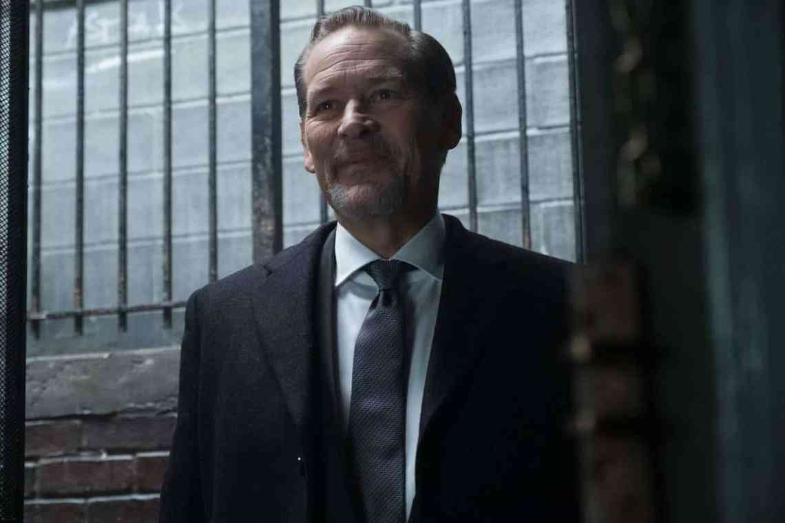 """GOTHAM: Guest star James Remar in the """"Mad City: The Gentle Art of Making Enemies"""" winter finale episode of GOTHAM airing Monday, Jan. 30 (8:00-9:01 PM ET/PT) on FOX. Cr: Jessica Miglio/FOX."""