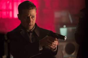 "GOTHAM: Ben McKenzie in the ""Heroes Rise: Light The Wick"" episode of GOTHAM airing Monday, May 15 (8:00-9:01 PM ET/PT) on FOX. Cr: Jessica Miglio/FOX"