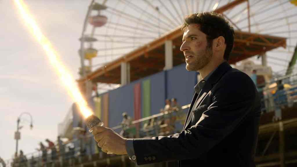 "LUCIFER: Tom Ellis in the ""The Good, the Bad and the Crispy"" season finale episode of LUCIFER airing Monday, May 29 (9:01-10:00 PM ET/PT) on FOX. Cr: FOX"