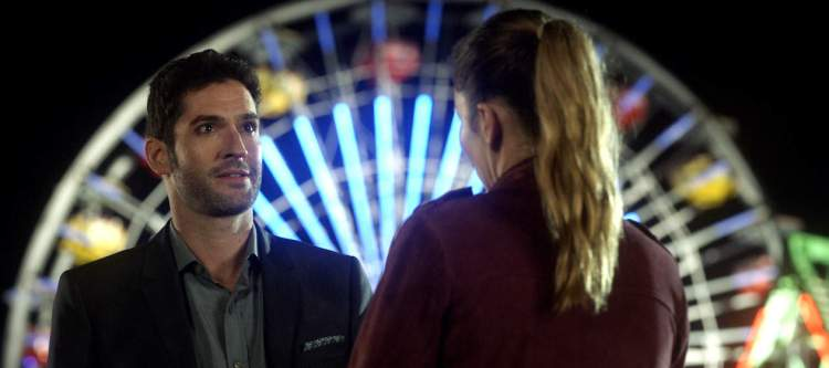 """LUCIFER: L-R: Tom Ellis and Lauren German in the """"The Good, the Bad and the Crispy"""" season finale episode of LUCIFER airing Monday, May 29 (9:01-10:00 PM ET/PT) on FOX. Cr: FOX"""