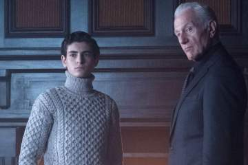 """GOTHAM: L-R: David Mazouz and guest star Raymond J. Barry in the """"Heroes Rise: Pretty Hate Machine"""" episode of GOTHAM airing Monday, May 29 (8:00-9:01 PM ET/PT) on FOX.  Cr: Jeff Neumann/FOX"""