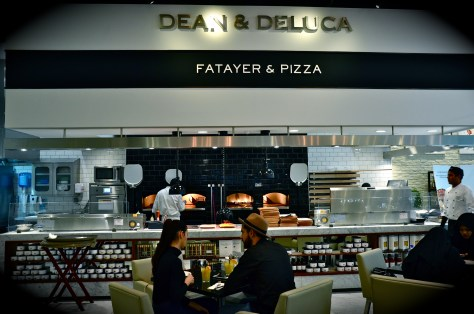 DEAN & DELUCA - Fatayer and Pizza station