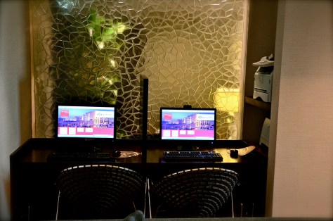 Complimentary Business facilities at Traders Club lounge - surfing, printing and faxing