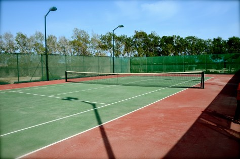 Complimentary Tennis court at Beach at Danat Jebel Dhanna Resort