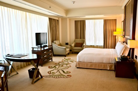 Executive Suite King Bedroom