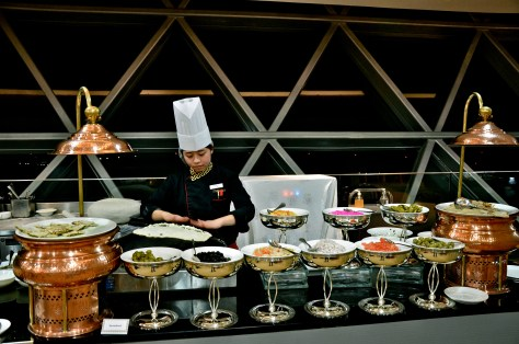Live cooking station at Diners at Dhs 170 Iftar buffet at Meydan Hotel