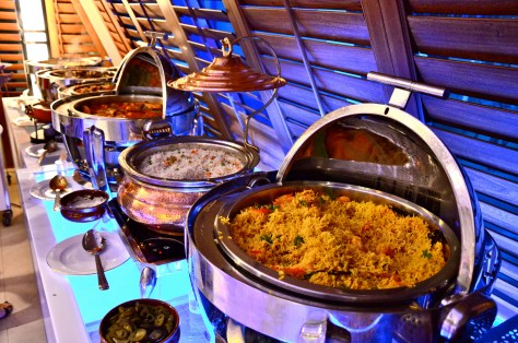 Mains at AED 165 Iftar at Amasi Lounge at Emirates Golf Club