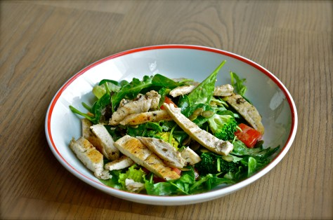 GRILLED CHICKEN SALAD - Lettuce, tomato, avocado, broccoli, pumpkin seeds, herb dressing