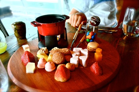 Candy Station - chocolate fondue, cake pops macaroons, marshmallows, sweet crudités