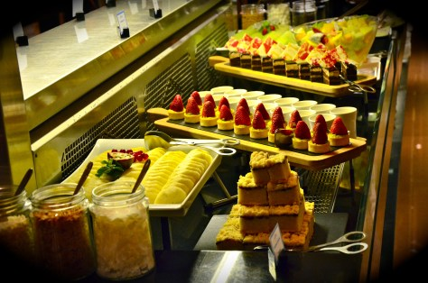 Desserts at GINGER ALL DAY DINING