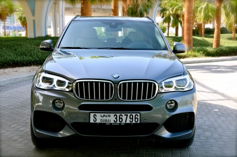 BMW X5 with adaptive LED headlights
