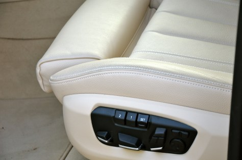 The driver and front-seat passenger seats can be adjusted electronically such as upper backrest segment, backrest width, thigh support and headrest height