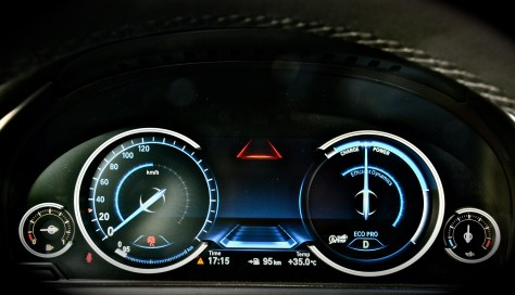Multifunctional Instrument Display - BMW ECO mode