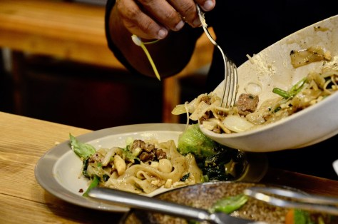 Noodles with peanuts & cashews / lemongrass green onion / water chestnuts