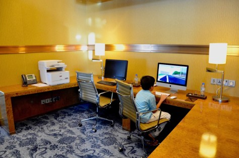 Dusit Club Lounge - Dedicated Business Centre with computer stations and facilities