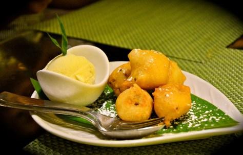 Dessert - Fried Banana with honey and vanilla ice cream - AED 35