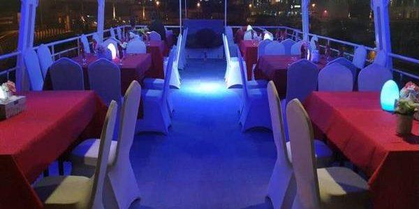 dhow-cruise-marina-upper-deck-600x450 (1)