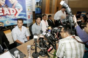 *  Image Credit: Karen Dias/Gulf News     * Photographers take pictures of Bollywood actor Salman Khan at the press conference for his film 'Ready'.