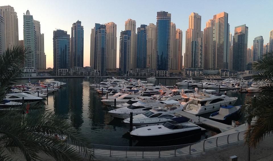 Dubai Marina hajó