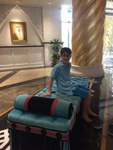 Budai Marci 2017 április - Dubai egyik luxus hotelében