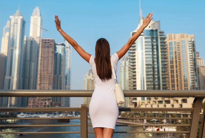Is Dubai Safe for a woman traveling alone