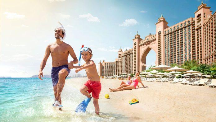 The Aquaventure Beach - Family Trip to Dubai