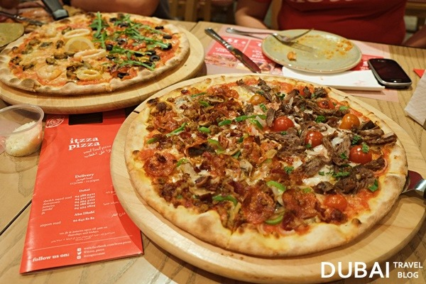 pizza dubai itzza pizza