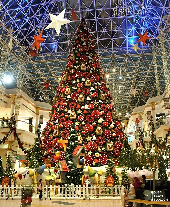 christmas dubai tree