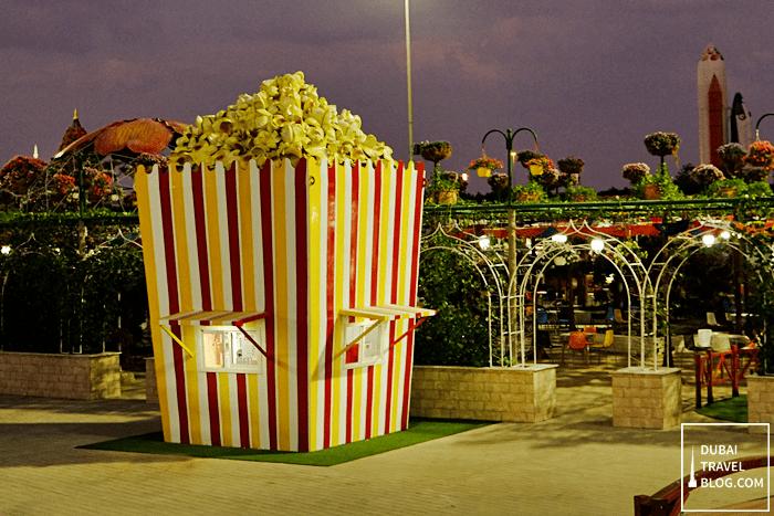 giant popcorn dubai miracle garden