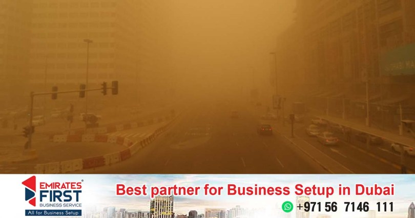 Rain and strong dust storms in various parts of the UAE