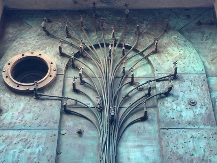 Remco de Fouw, Door of Green Building, Temple Bar