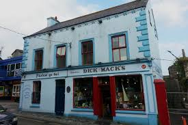 Dick Macks Irish Whiskey Pub Dingle