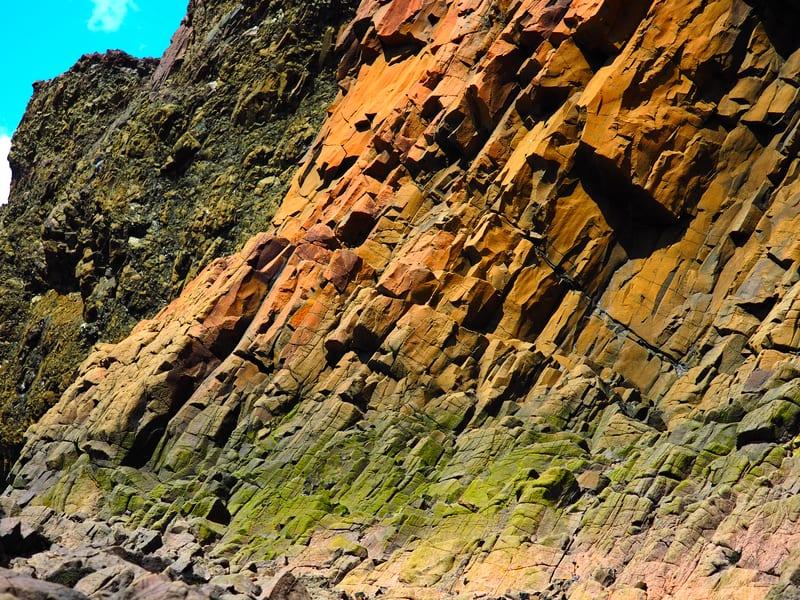 Die Farben der Steine sind erstaunlich. Die Natur ist wunderschön.