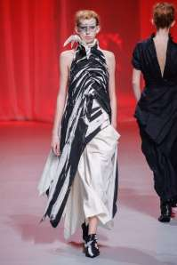 aganovich-fashion-week-spring-summer-2017-paris-womenswear-021