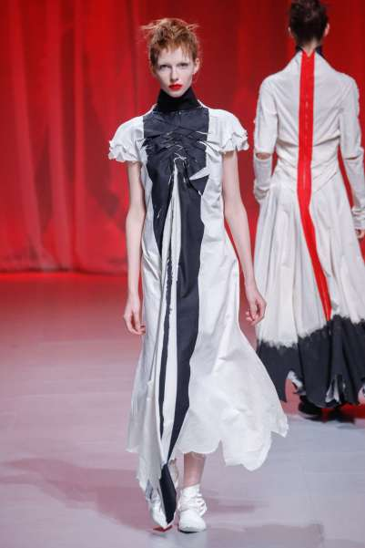aganovich-fashion-week-spring-summer-2017-paris-womenswear-024