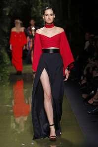 balmain-fashion-week-spring-summer-2017-paris-womenswear-027