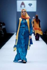 lusense-kd-and-hans-virgoro-spring-summer-2017-jakarta-womenswear-catwalks-007
