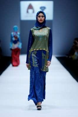 lusense-kd-and-hans-virgoro-spring-summer-2017-jakarta-womenswear-catwalks-019