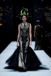 raymond-leonard-spring-summer-2017-jakarta-womenswear-catwalks-002