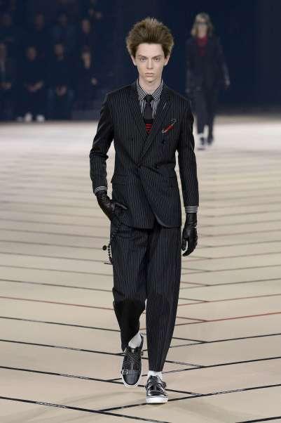 dior-homme-fall-winter-2017-paris-menswear-catwalks-001