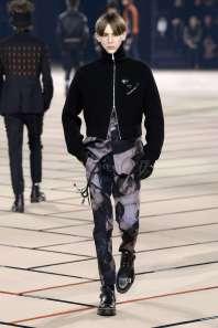 dior-homme-fall-winter-2017-paris-menswear-catwalks-019