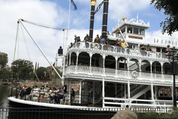 Mark Twain Riverboat & Sailing Ship Columbia