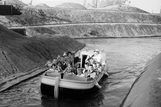 CanalBoatsOfTheWorld1