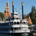 Lands in Pictures: Frontierland