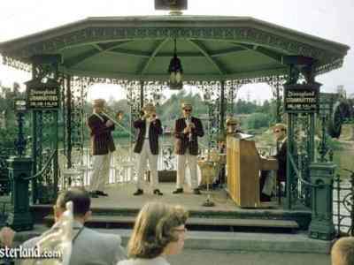 Dixieland Bandstand