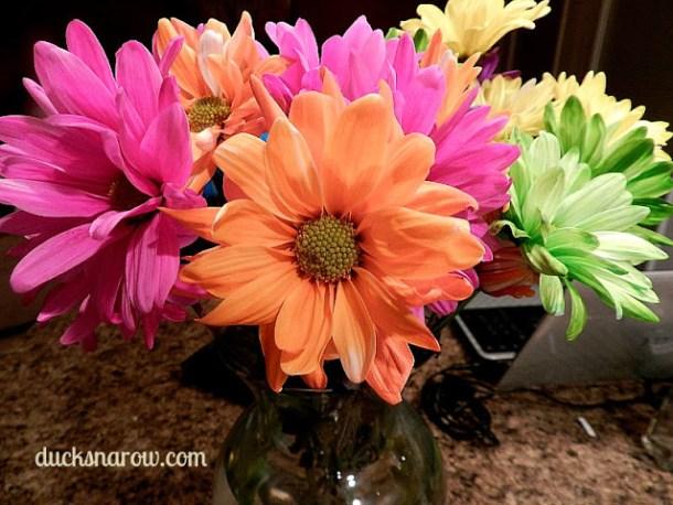 Floral centerpiece #flowers #gerberadaisieis #organizing #decorating Ducks 'n a Row