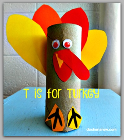 T is for Turkey toilet paper roll craft for #kids